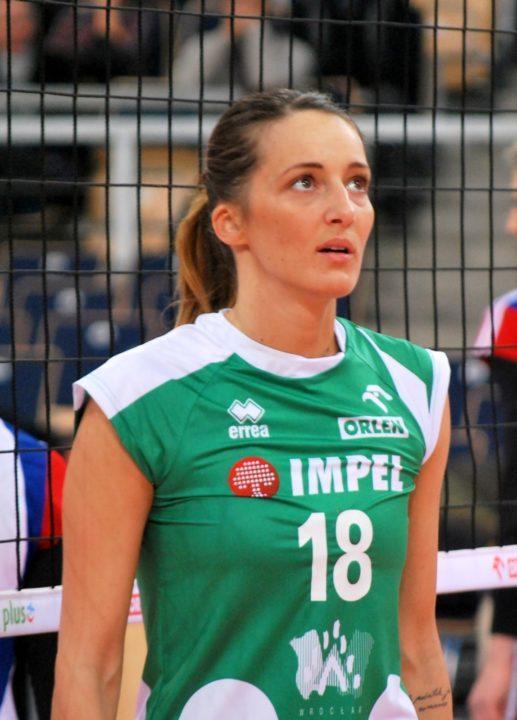 Eczacıbaşı VitrA Adds One of World's Best Setters in Maja Ognjenović
