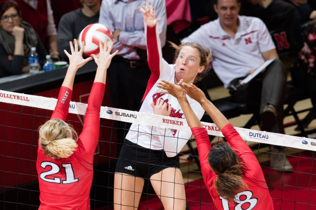 No. 1 Nebraska Remains On Top With Sweep Over New Mexico
