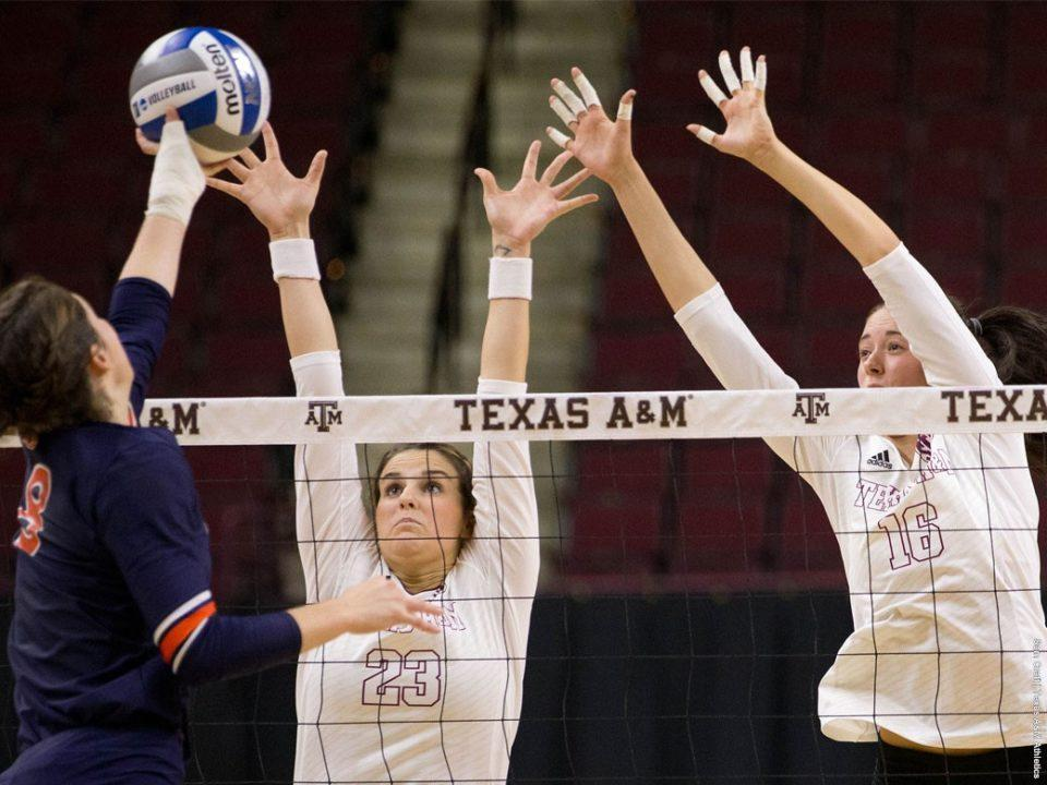 Texas A&M Bests Tennessee In Three