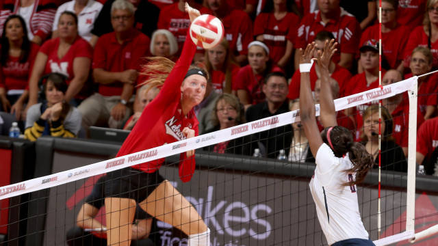 Finalists Named For Volleyball Senior Class Award