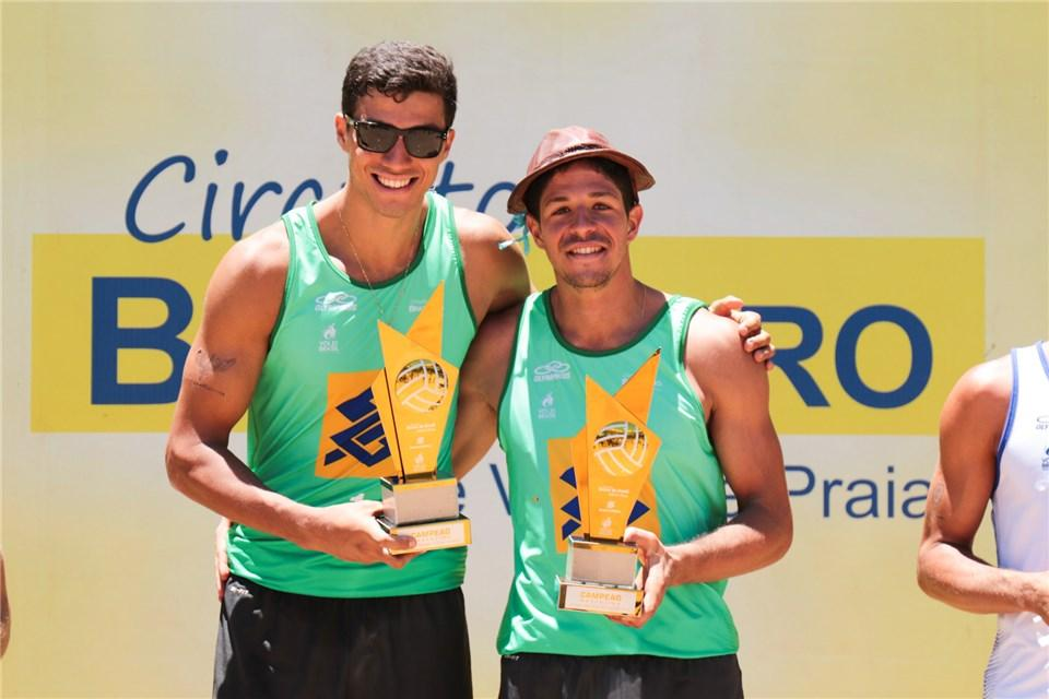 New Pair Alvaro Filho/Saymon Beat Olympic Champs for 2nd Brazilian Win