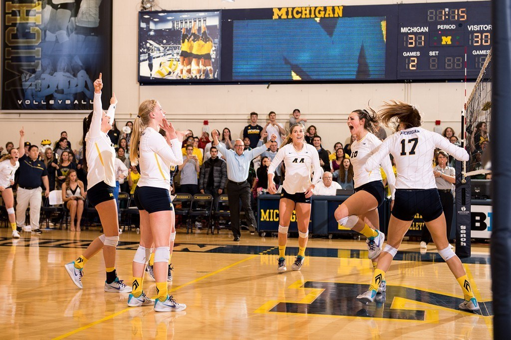 #18 Michigan Sweeps Rival #14 Michigan State