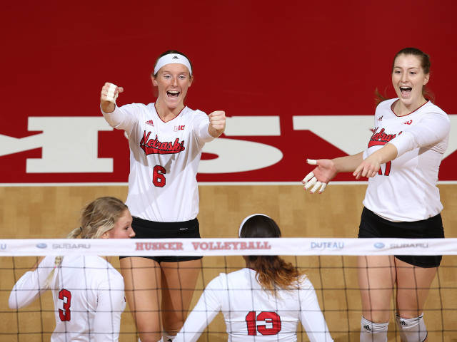 Nebraska And Texas To Square Off In Semifinals