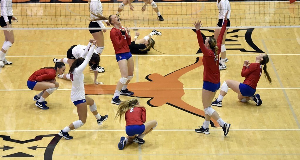 SMU Sweeps Texas A&M For First NCAA Tournament Victory