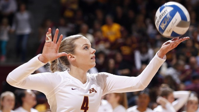 Minnesota's Paige Tapp Becomes School's First-Ever Senior CLASS Winner