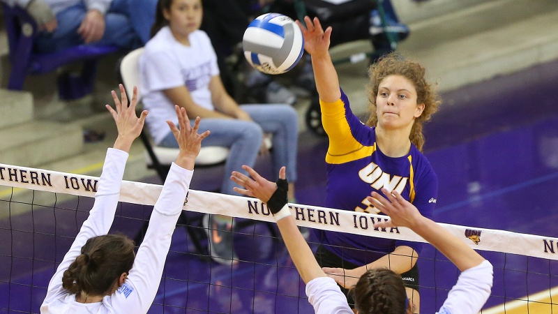 Amie Held Transfers To Georgia State To Play Beach Volleyball