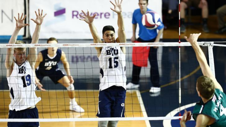 14 Blocks Stymie Hawaii As USC Sweeps Double-Header