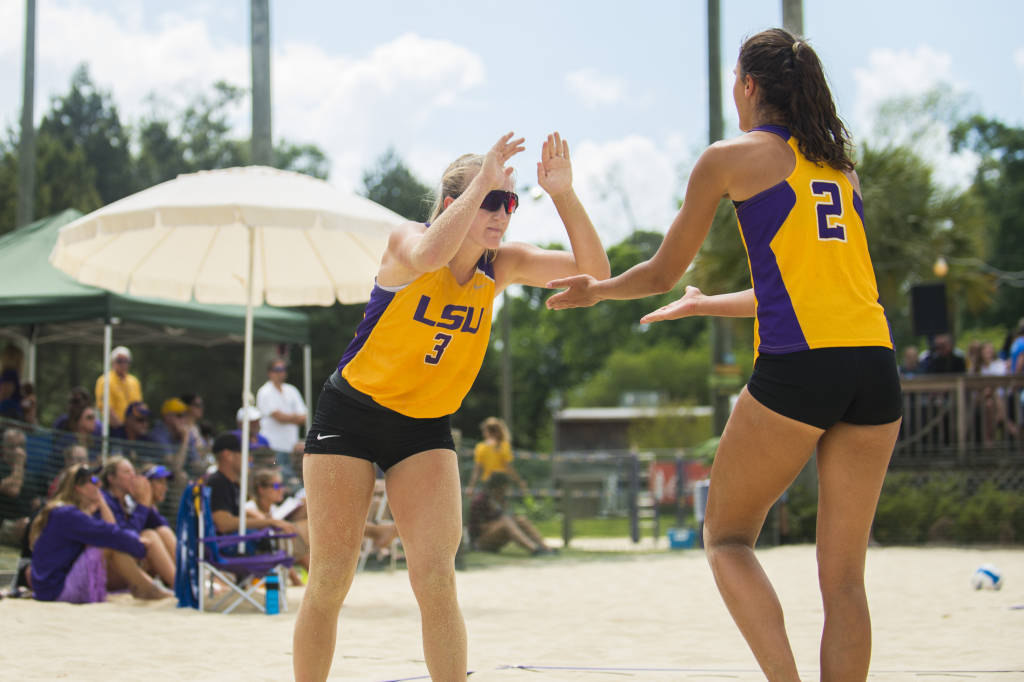 LSU Shocks LBSU 3-2 Advancing In NCAA Beach Tournament