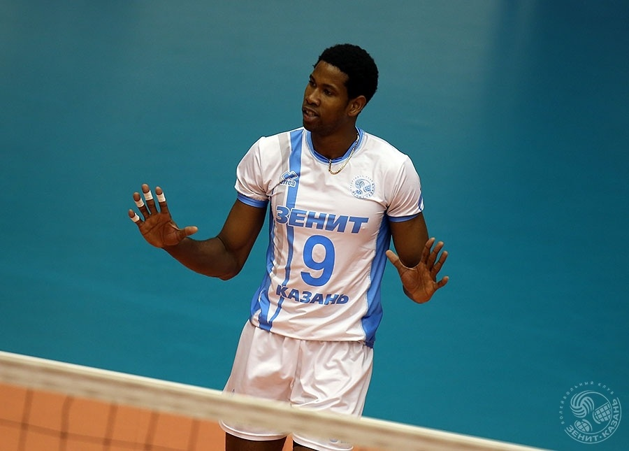 Zenit Kazan Enters Champions League 4th Round Without Leon, Mikhailov