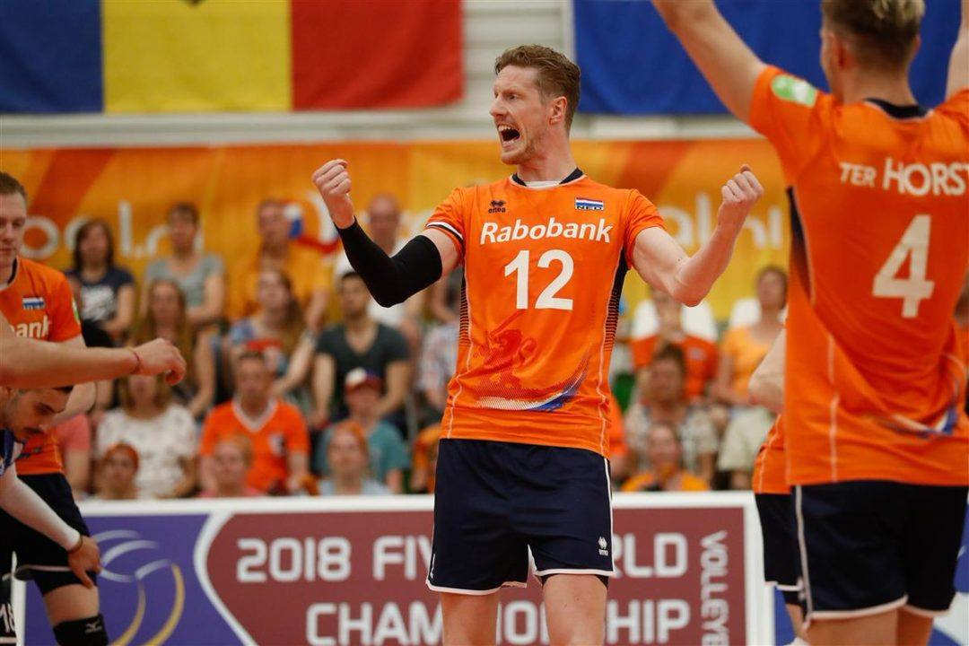 Dutch Survive Second Set Scare, Top Pool B at 3-0