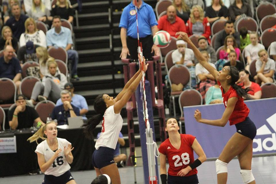 Toliver Propels USA Red To CNT-Minneapolis Championship Match