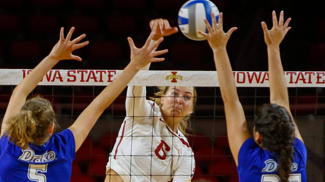 Iowa State Routs Drake in Season-Opening Exhibition