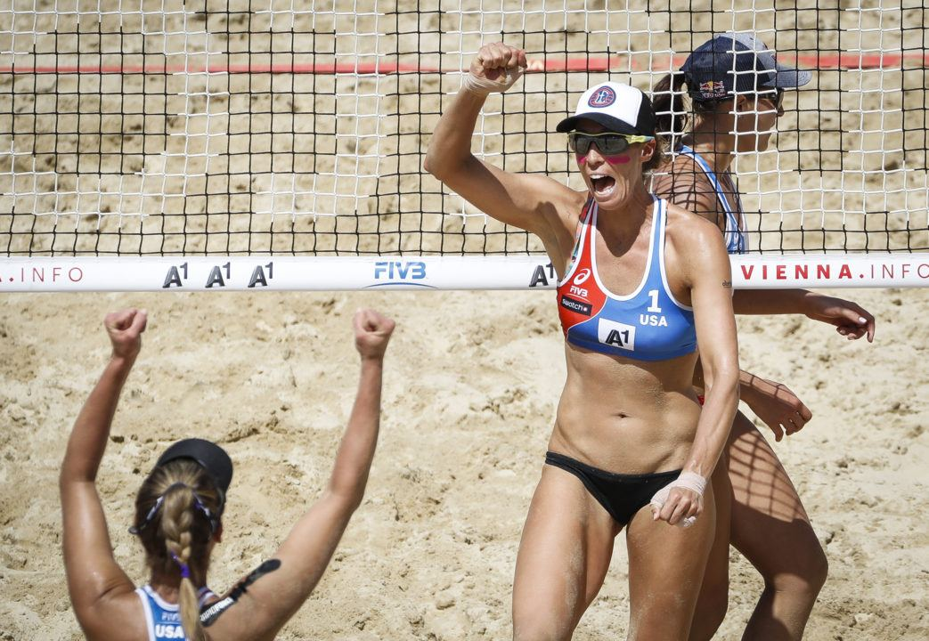 Fendrick/Ross Defeat Hermannova/Slukova for a Quarterfinal Spot