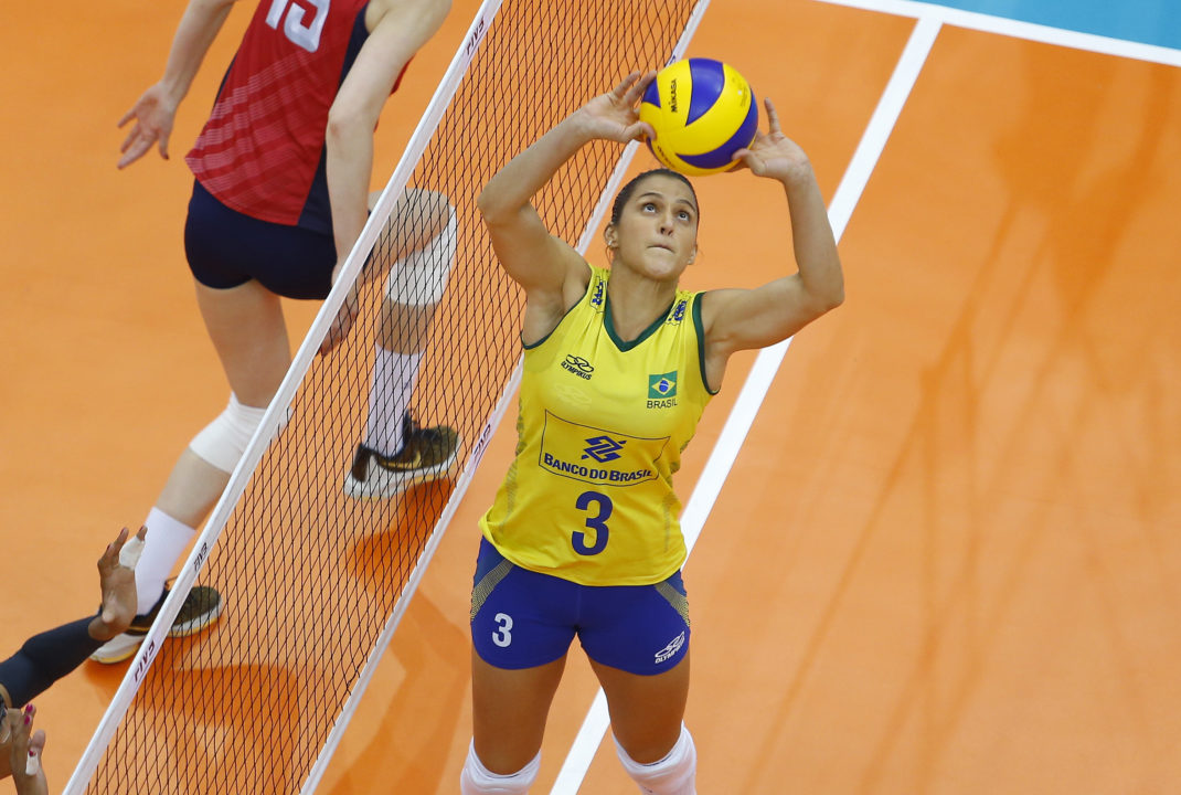 Dani Lins announces Pregnancy, Says She was Mistreated by Former Team.