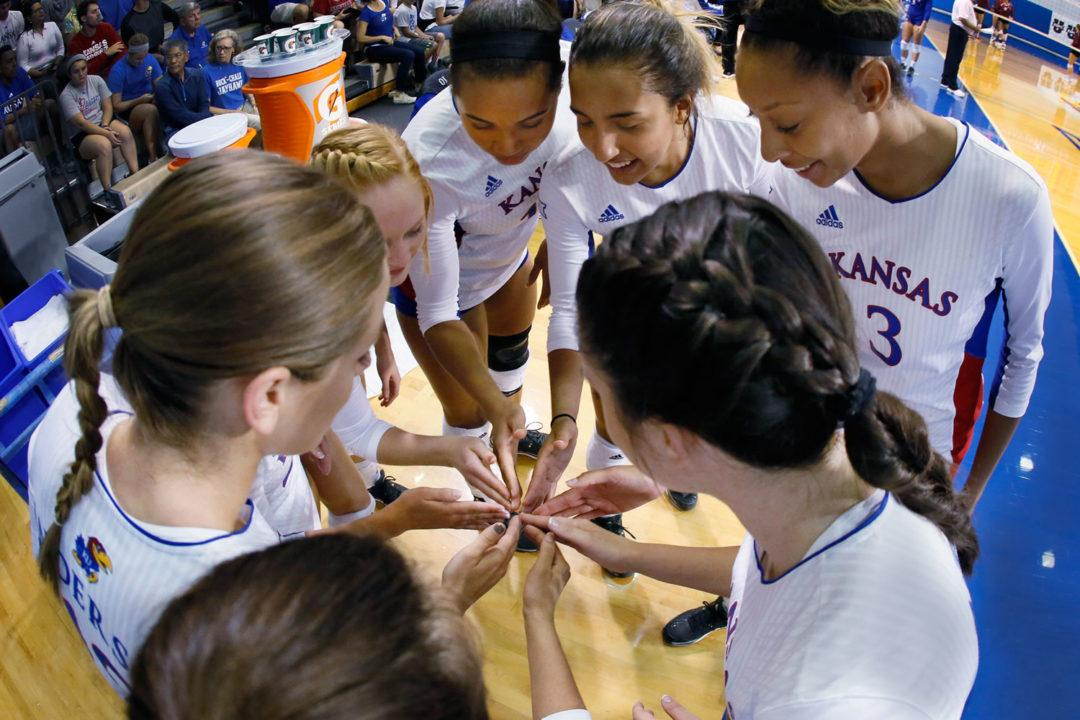 #9 Kansas Sweeps Through #14 Kentucky In Top-15 Matchup
