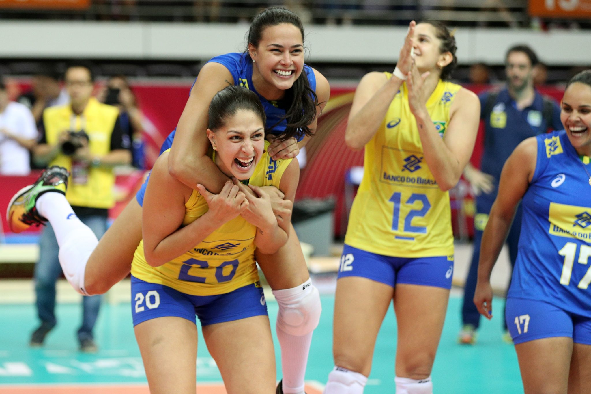 Brazil Calls Preliminary Women S Wch Roster Thaisa And Dani Are Back
