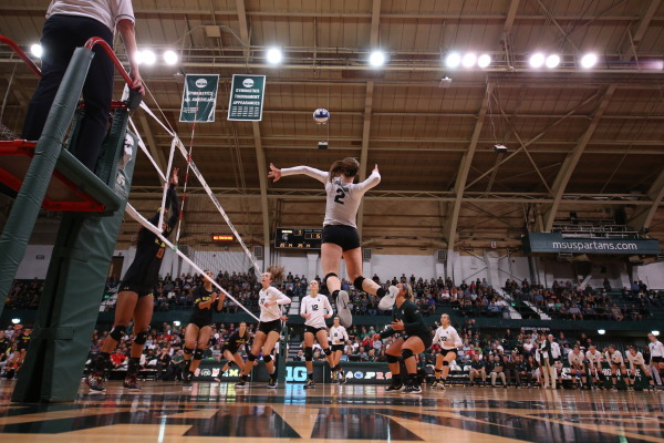 Holly Toliver Leads Spartans In Sweep Over Maryland With 12 Kills