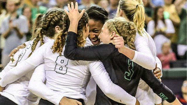 #18 Baylor Hits .452 in Straight-Set Victory over Texas Tech