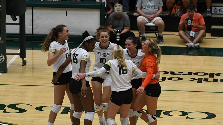 #21 Colorado State Rallies from Two Sets Down to Top New Mexico in 5