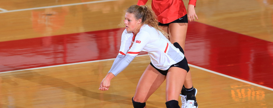 Ohio State Freshman Libero Gruensfelder Sets School 4-Set Digs Record
