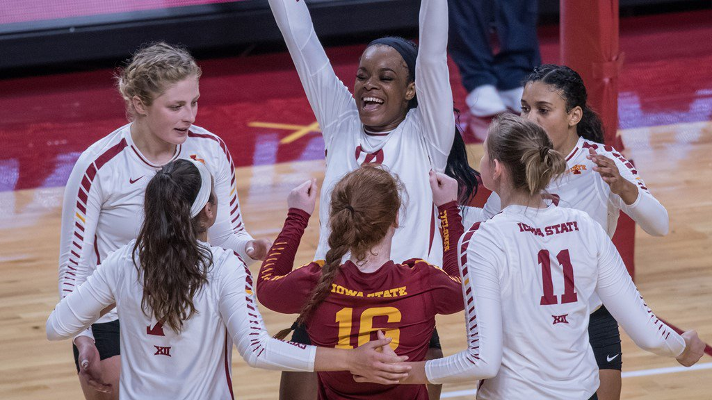 Cyclones Secure Four Set Victory Over Visiting Wildcats