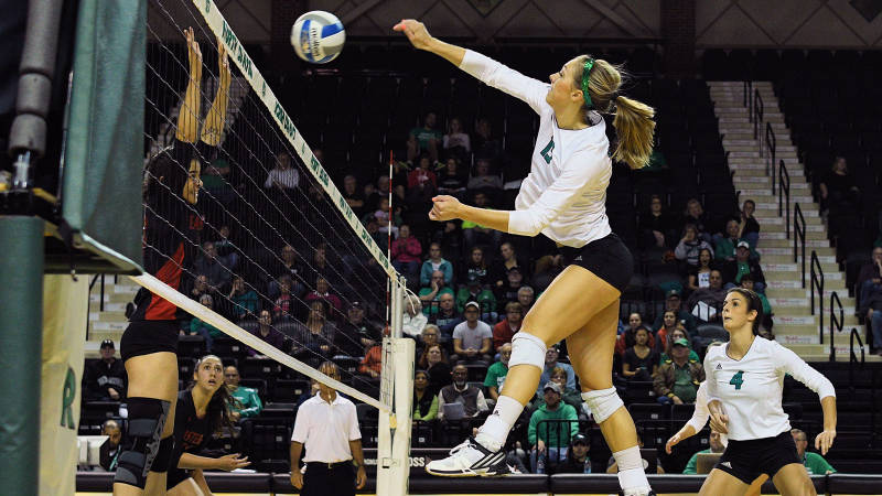 Current NCAA Win-Leader North Dakota Meets Rival North Dakota St.; Sep. 6 Preview