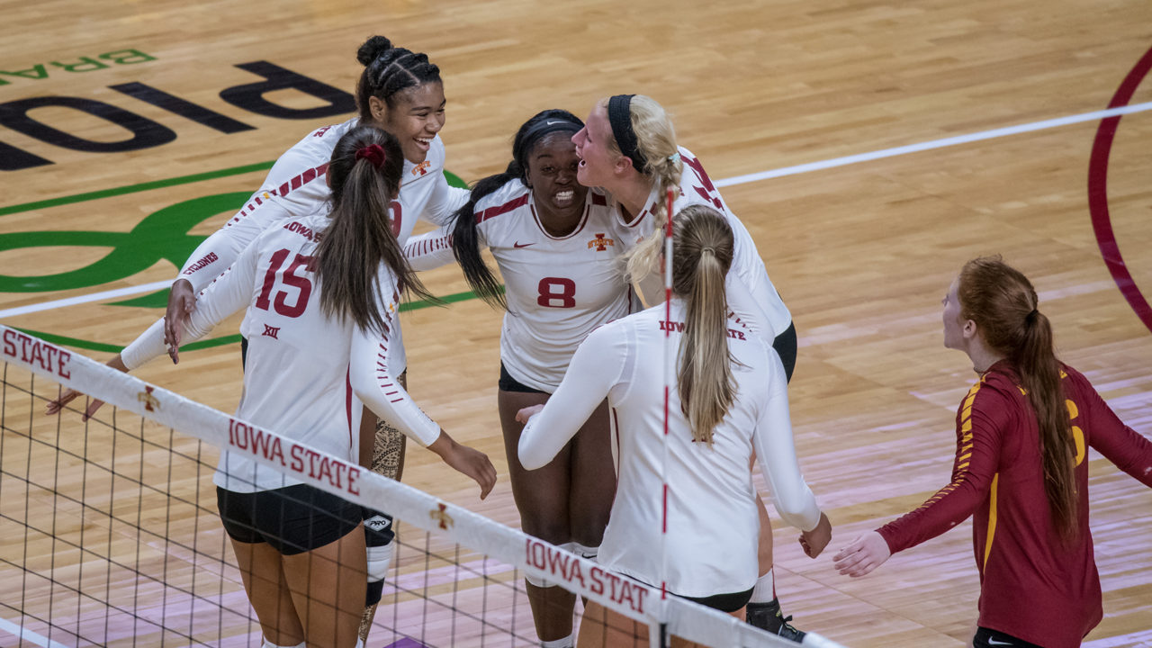 No. 19 Iowa State Overcomes First Set Loss to Down Oklahoma