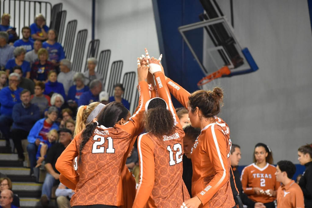 Texas To Take On Kansas State In Midweek Match