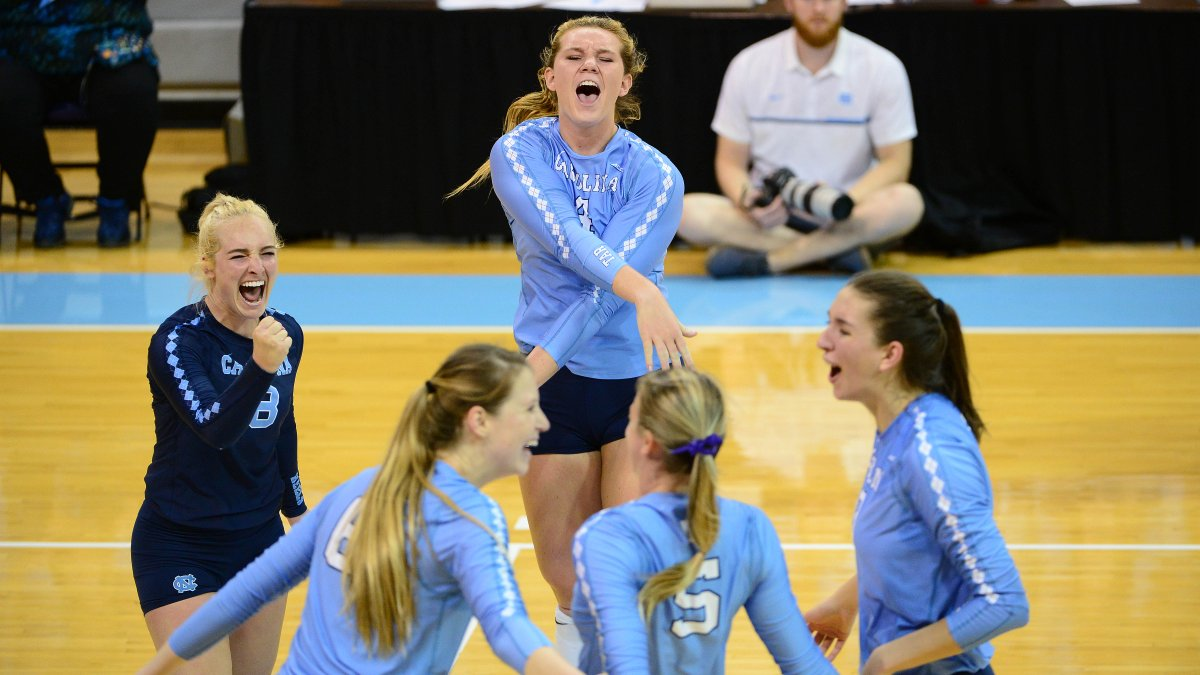Leath Downs 25 Kills as UNC Hands N.C. State First ACC Loss
