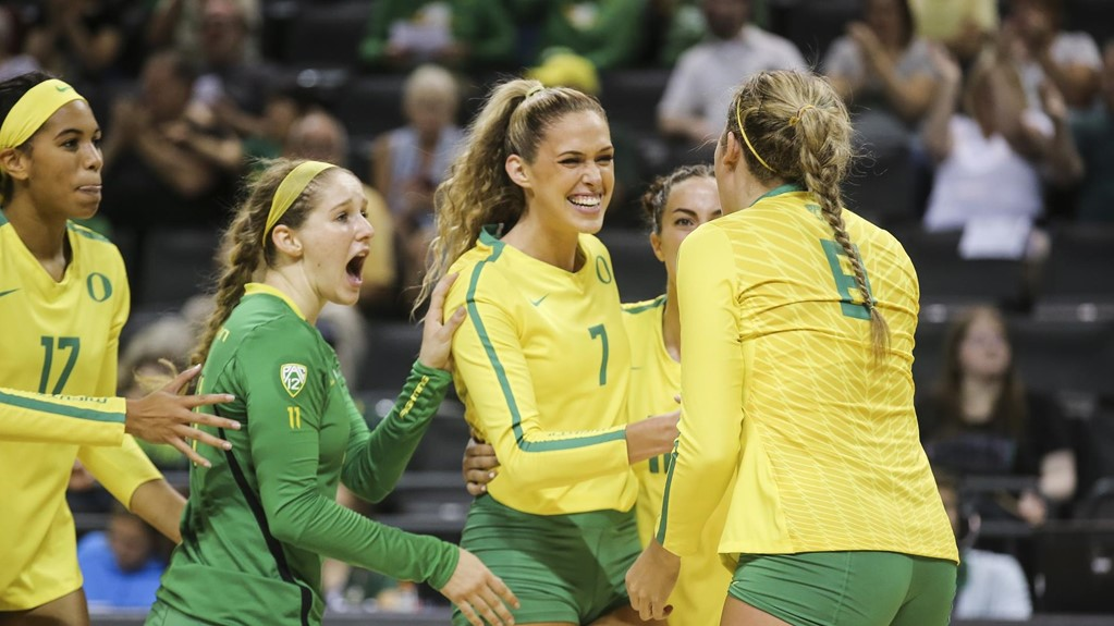 A Balanced Offense Leads #16 Oregon To Sweep Over Arizona State