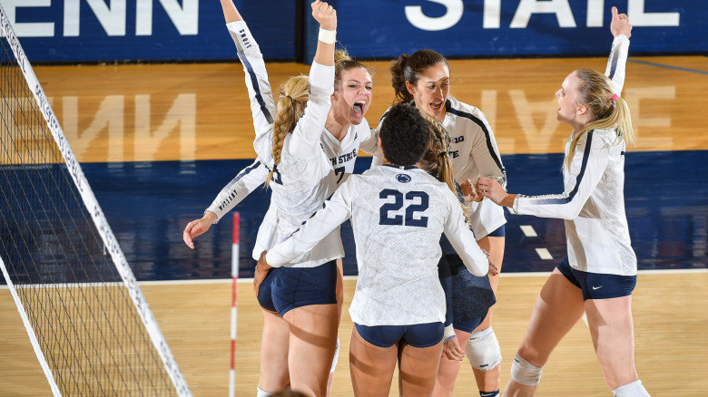 #1 Penn State Hosts #12 Wisconsin; October 25 Preview