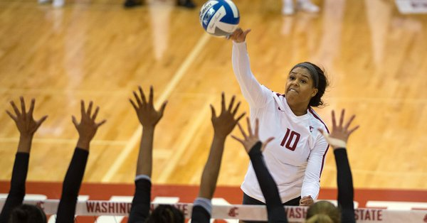 Mims Downs 26 Kills in Washington State Road Win at #16 Oregon