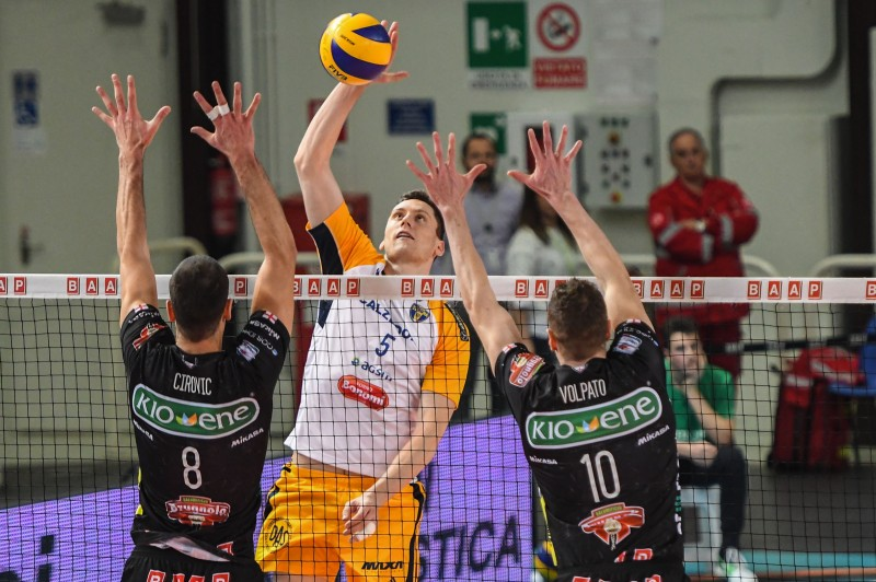 Italian Men: Calzedonia Verona Fights For 5-Set Win Over Kioene Padova