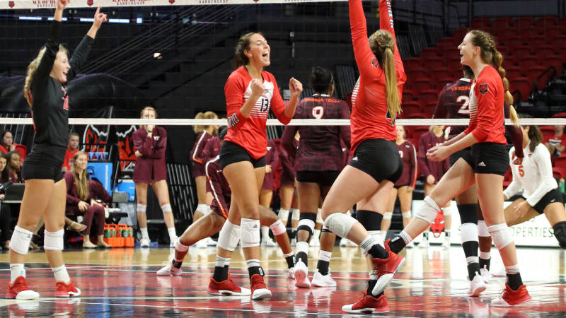 Arkansas State, Ole Miss Are Through To NIVC Second Round