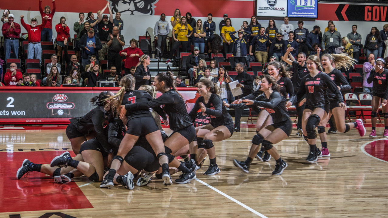 Austin Peay Uses Dance Moves To Get Hyped Before Matches