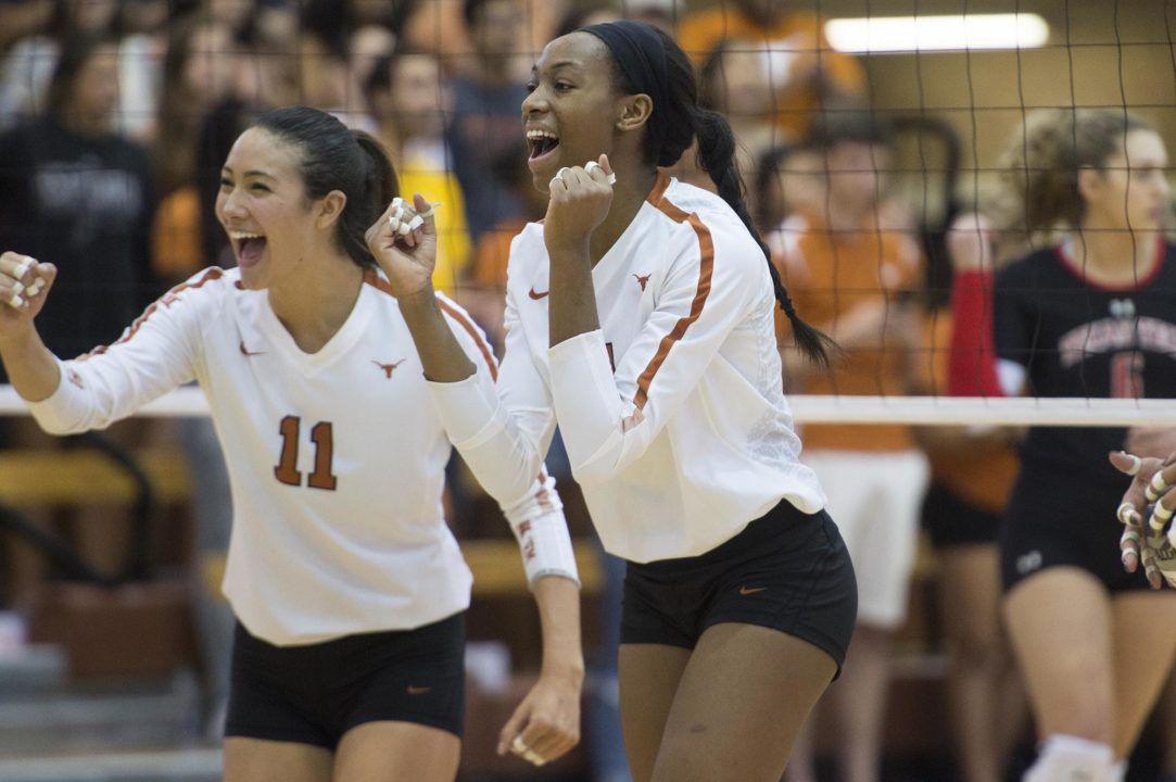 #4 Texas Sweeps #13 Kansas to Spoil Rigdon's Return & Earn a Share of the Big 12 Title