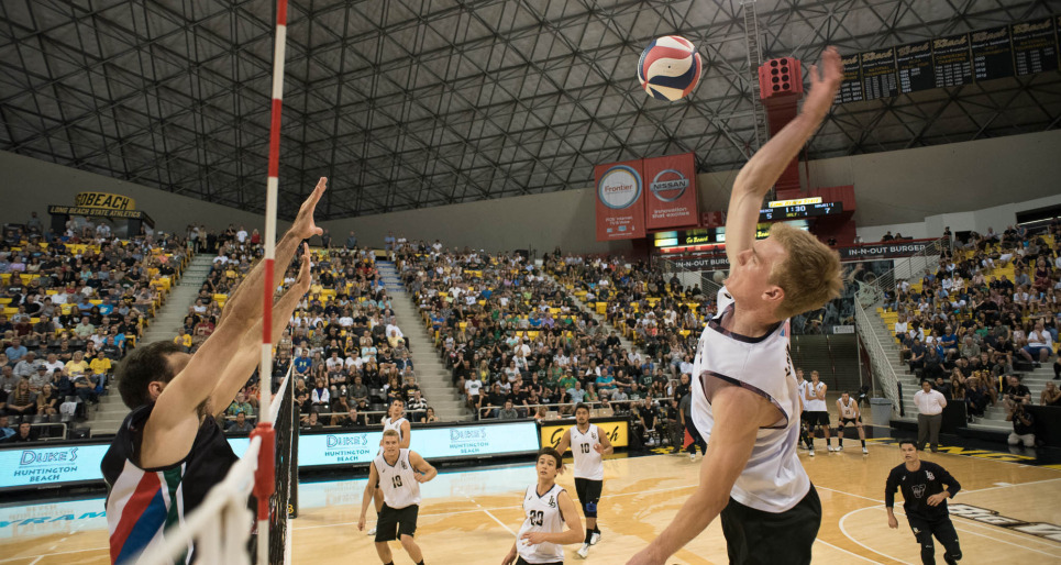 McMaster Bests LBSU Behind 15 Andrew Richards Kills