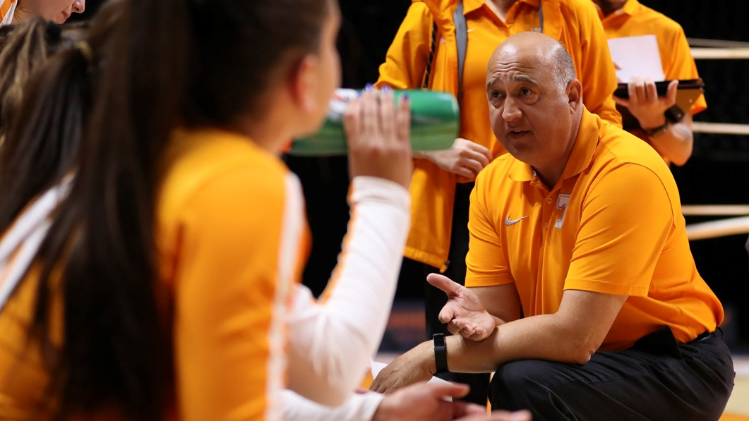 Tennessee's Rob Patrick Resigns After 21 Seasons With Vols