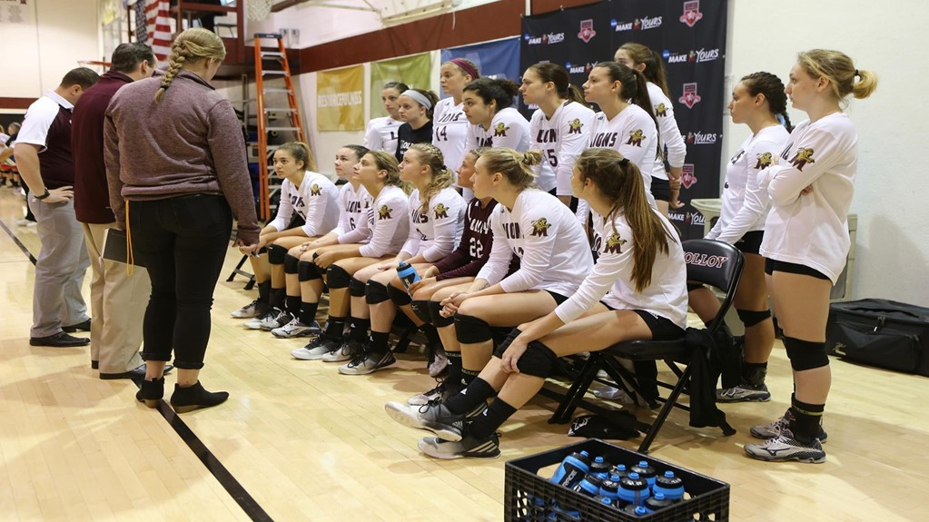 AVCA Announces Molloy's Kevin Deslauriers As DII Coach Of The Year