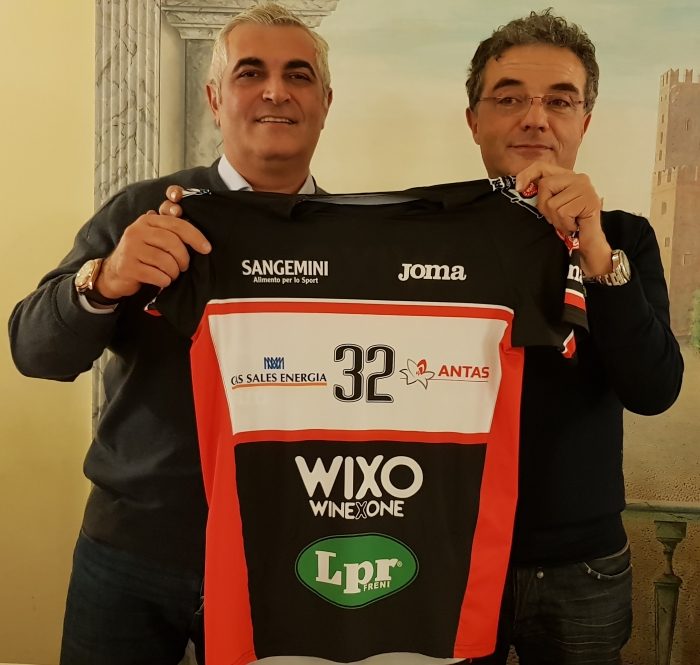 Jersey Fashion: Wixo LPR Piacenza releases new black uniform