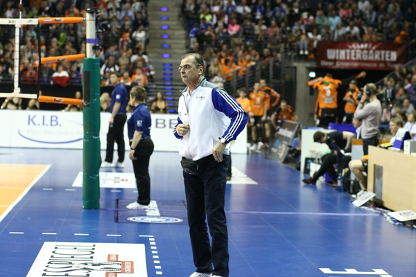 Berlin Volleys fire coach Luke Reynolds, hire Stelian Moculescu