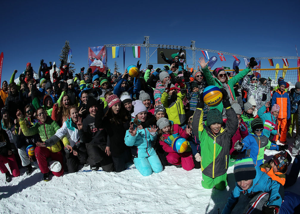 CEV Organizes Snow Camp For 400+ Kids Prior To Euro Snow Volley