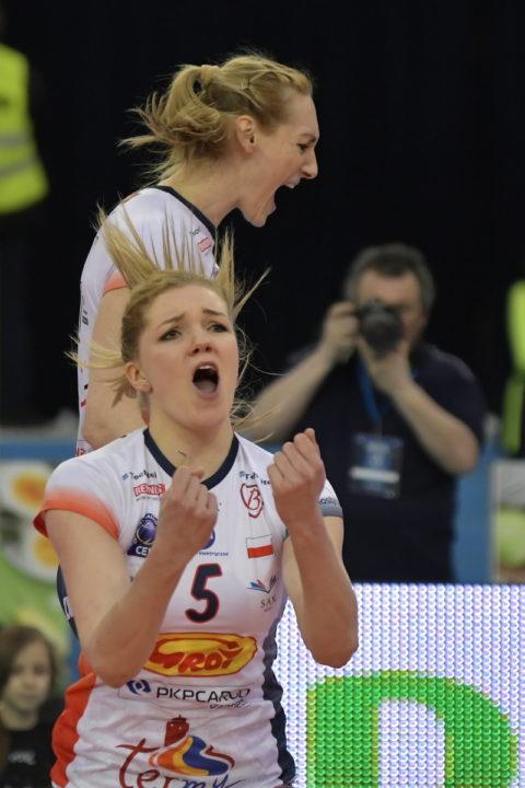 Grot's Kakolewska Puts Down 10 Blocks In Three-Set Win Over LKS Lodz