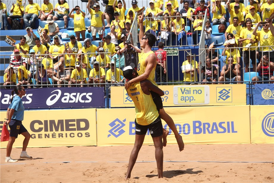 World Champions Evandro And André Win Brazilian Beach Circuit