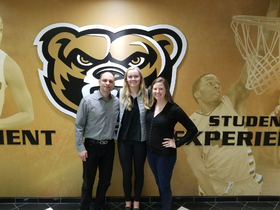 Class of 2019 Setter Madi Ross Commits to Oakland