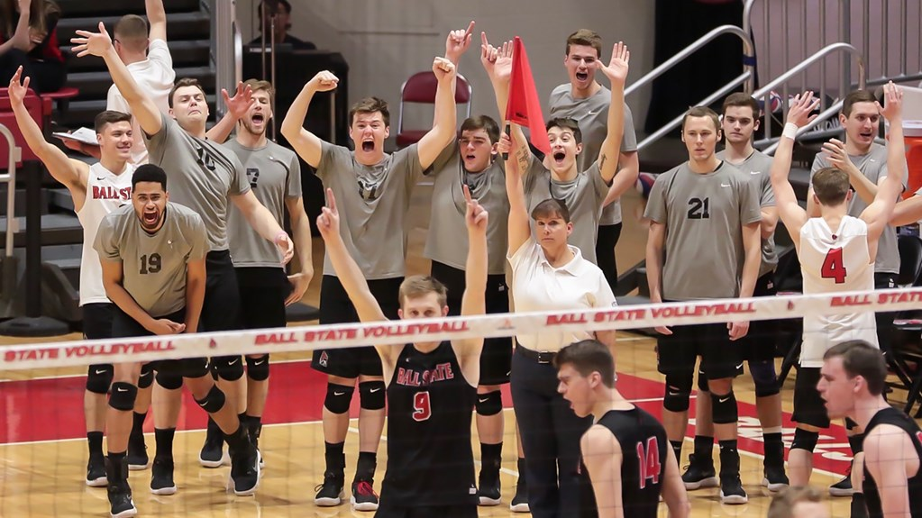Top Four Seeds Win Via Sweep in MIVA Quarterfinals