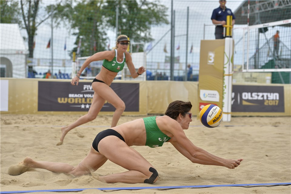 "Kerri Walsh Jennings, Nicole Branaugh Part Ways After ""Special Year"""