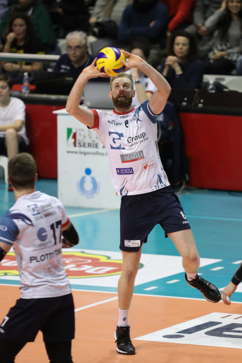 Canadian Setter Brett Walsh Signs 2-Year Contract With Knack Roeselare