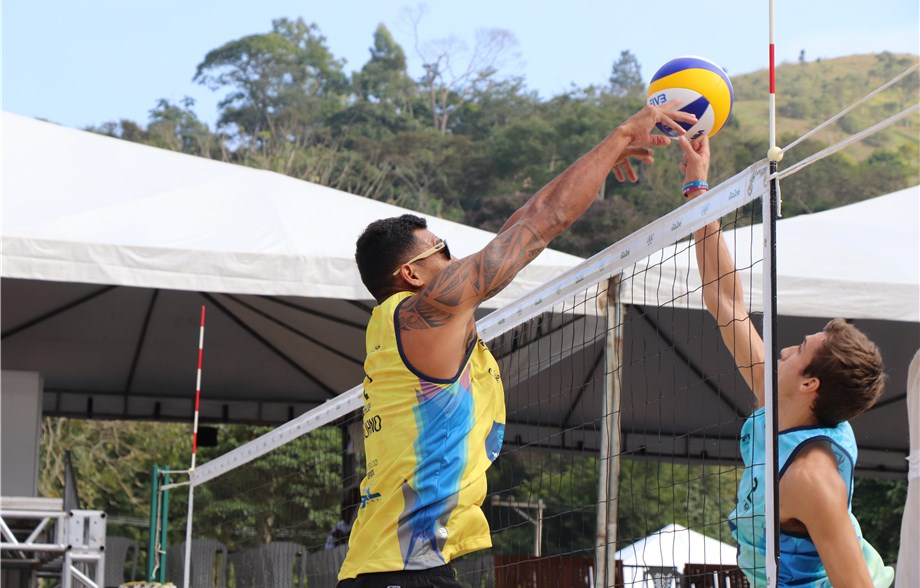 Brazilian Teams Win All 8 Pool Titles at Miguel Pereira One Star