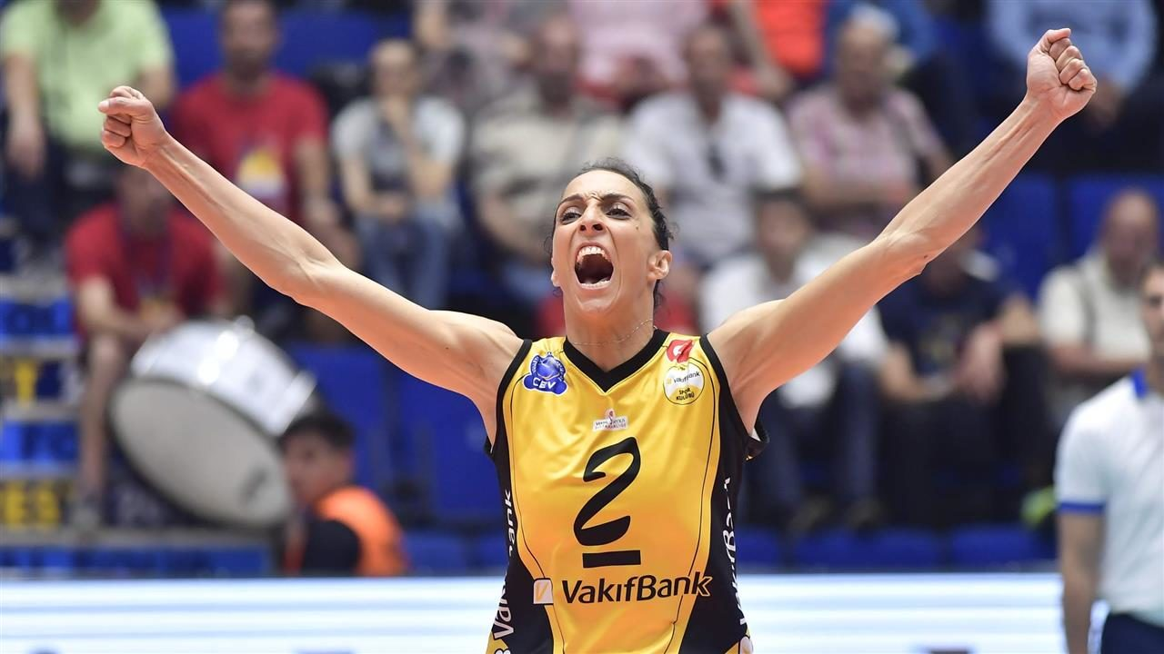 VakifBank Dominates Alba Blaj for 2nd-Straight Champions League Title